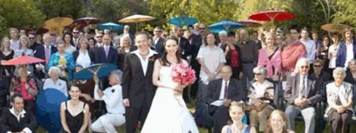 ร่มเชียงใหม่ - แบบถือ งานแต่งงานที่ออสเตรเลีย